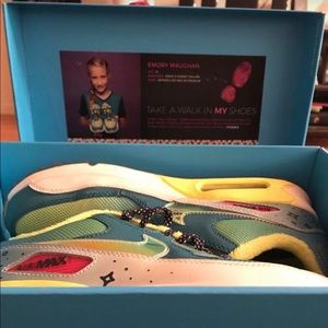 Nike Air Max 90 Doernbecher 2015 (W)